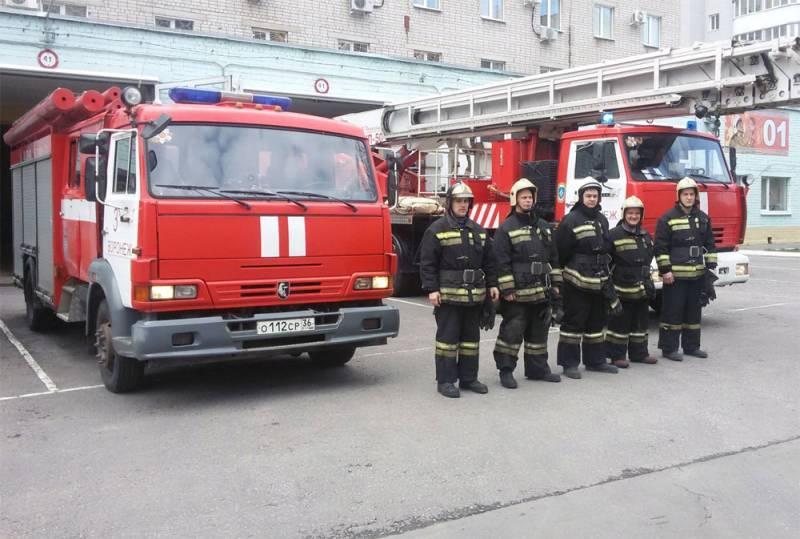 «Случайных людей среди спасателей нет»: День спасателя в России