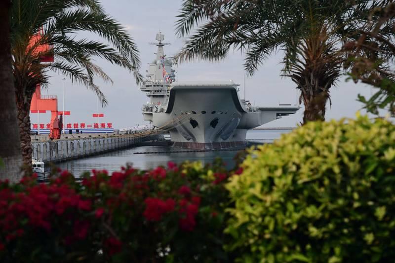 Китайский эксперт: В этом столетии ни одна страна не догонит США по числу авианосцев