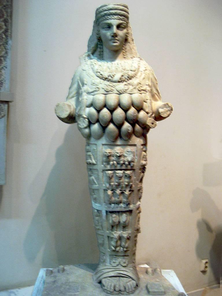 Oro para la guerra, la cuarta maravilla del mundo y mármol de Éfeso