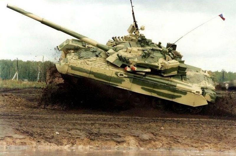 """सक्रिय सुरक्षा के रूसी परिसर """"Drozd-2"""" का MBT T-72BK पर परीक्षण किया जाएगा"""