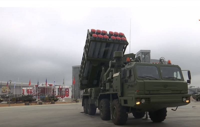 The first firing of the S-350 Vityaz air defense missile system took place at a firing range in the Astrakhan region