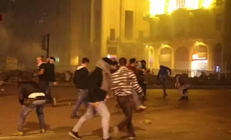 俄罗斯驻贝鲁特大使馆因大规模抗议活动而加强安全