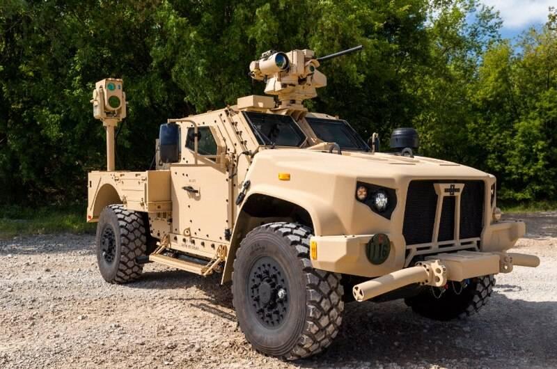 100 ड्रोन के खिलाफ: बोइंग नवीनतम लेजर बंदूक का परीक्षण कर रहा है