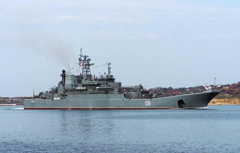 """由于缺乏资金,BDK"""" Yamal""""黑海舰队的维修工作被推迟"""