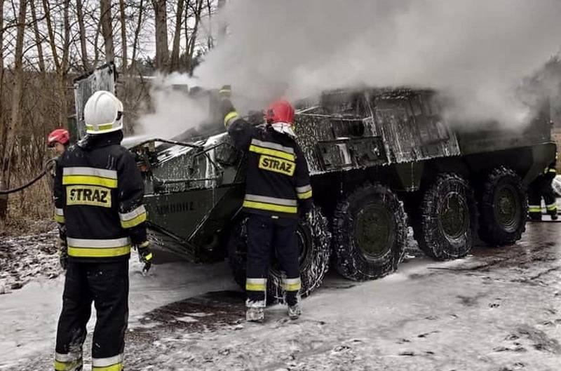 BTR Stryker 2nd Cavalry Regiment of the American Army caught fire in Poland