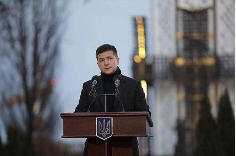 泽伦斯基说,为了纪念有必要为乌克兰人命名的街道,