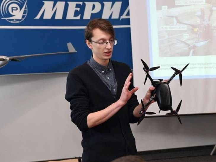 The first military drone of its own production presented in Ukraine