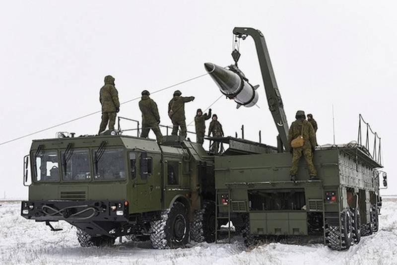 在BBO举行了为OTRK Iskander-M运送特殊弹药的演习