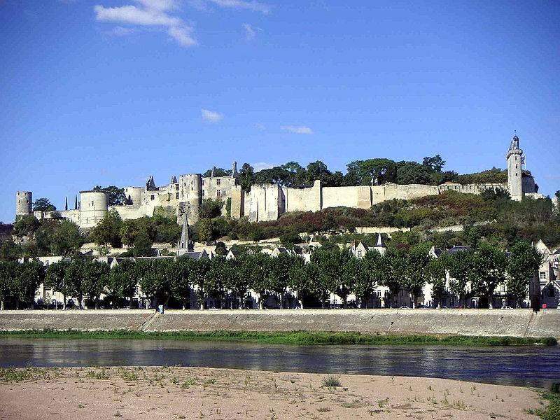चिनॉन: ऑरलियन्स कुंवारी के आश्चर्यों में से एक का महल