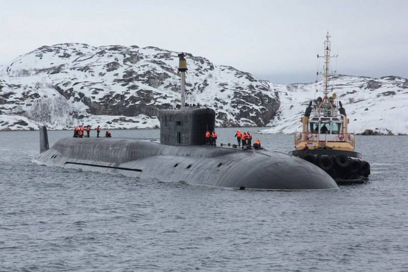 Russian submarines will receive special missiles for breaking ice in the Arctic