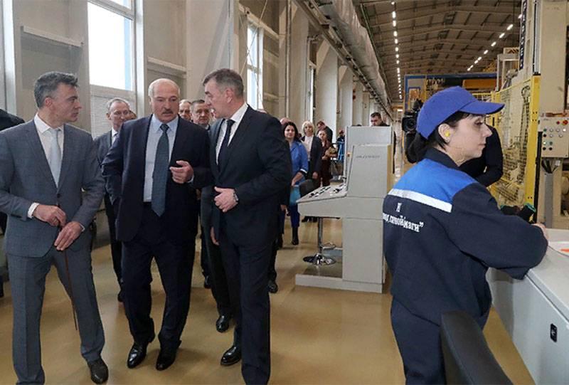 The phenomenon of Alexander Lukashenko: a strange love for Russia