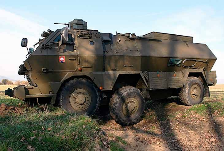 """Slovak armored personnel carrier """"Tatrapan"""": low-budget armored personnel carrier"""