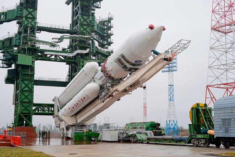 A heavy Angara A5 rocket was proposed to be destroyed in flight during tests