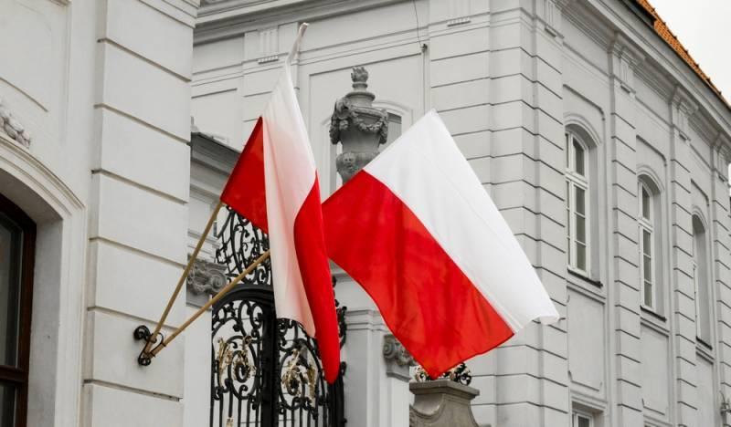O Ministério das Relações Exteriores da Polônia anunciou o direito de exigir reparações da Rússia após a Segunda Guerra Mundial