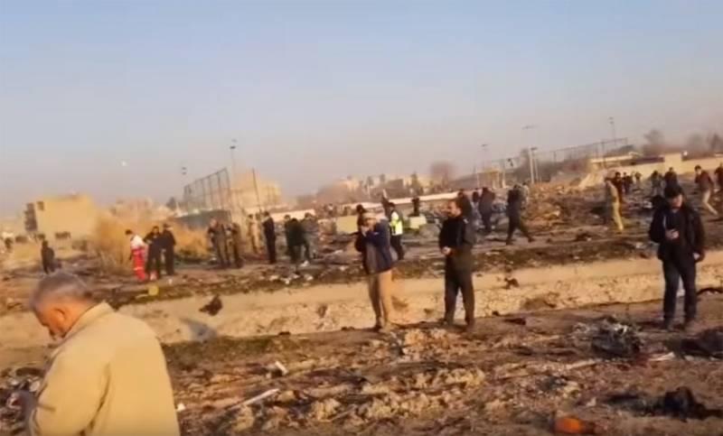 «Куча непонятного народа»: Украинское следствие обвинило иранцев в мародёрстве на месте падения «Боинга»