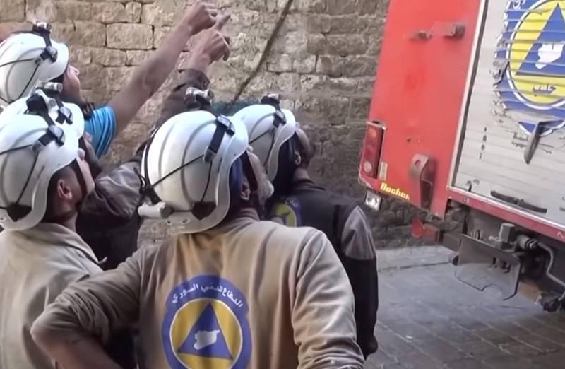 白盔队在伊德利布(Idlib)拍摄了关于使用化学武器的假视频