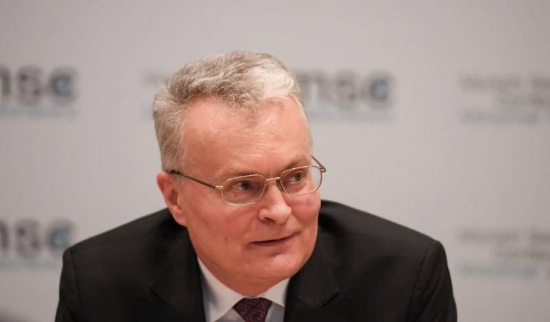 Der litauische Präsident kündigt an, wie wichtig es ist, NATO- und US-Truppen in den baltischen Staaten einzusetzen