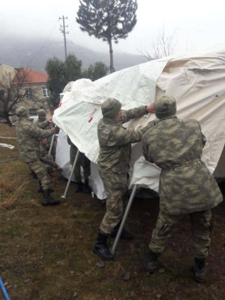 나토군은 시리아 Idlib 지방의 터키를 돕지 않을 것이다