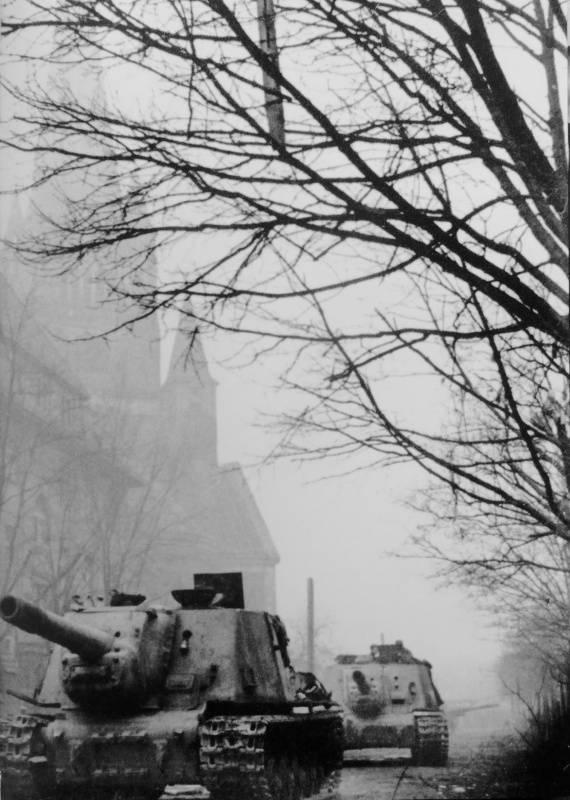 브레 슬라 우의 기적. 히틀러의 마지막 요새를 습격 한 방법
