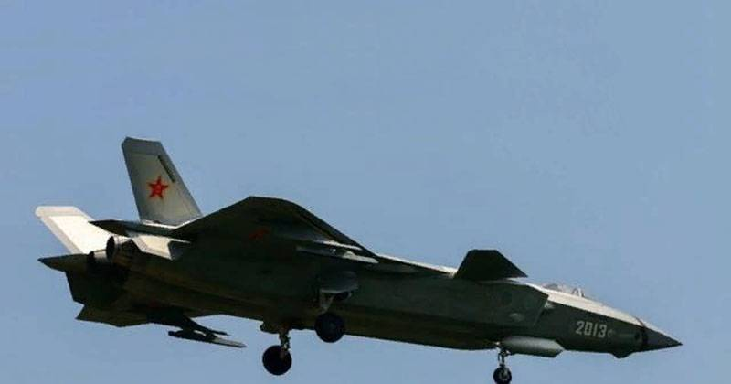 In China, named the parameter by which the modernized fighter J-20 surpassed the F-35