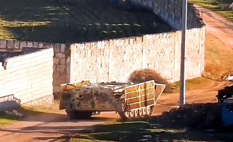 Заминированная БМП протаранила позиции сирийских военных
