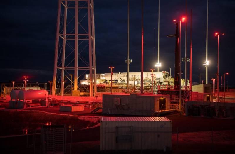 В США запуск ракеты «Антарес» с грузовым космическим кораблём был отменён за две минуты до старта