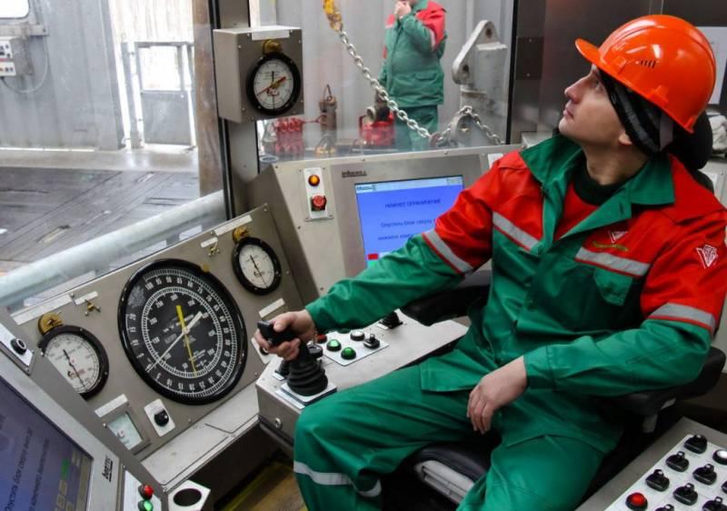 В Минске назвали цену, по которой покупают нефть в России
