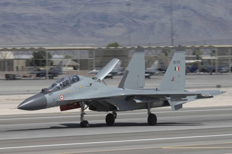 Су-30МКИ — устаревший истребитель. Правда?