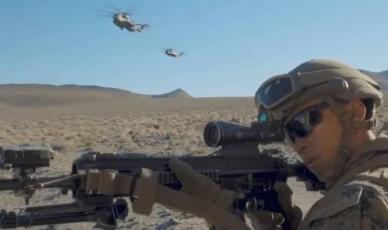 США бросают средства на борьбу с «разминающейся Россией», заявляет министр армии