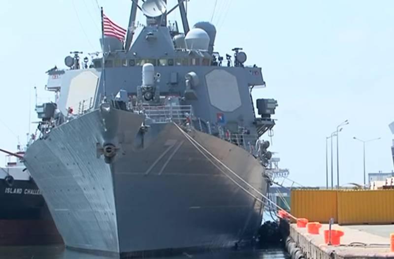 Названа цель захода военного корабля США с ракетами Tomahawk в Чёрное море