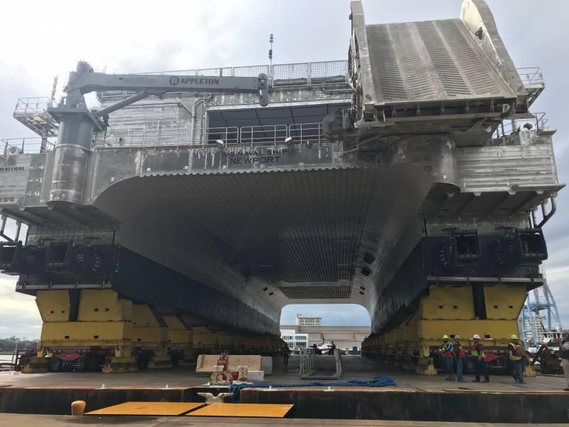 Строительство скоростных экспедиционных транспортных судов EPF (США)
