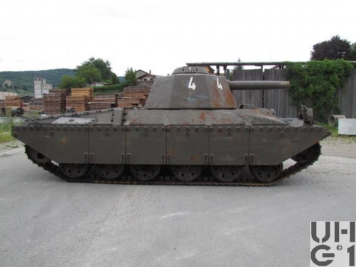 Pour la commodité des étudiants. Target Tank Zielfahrzeug 68 (Suisse)