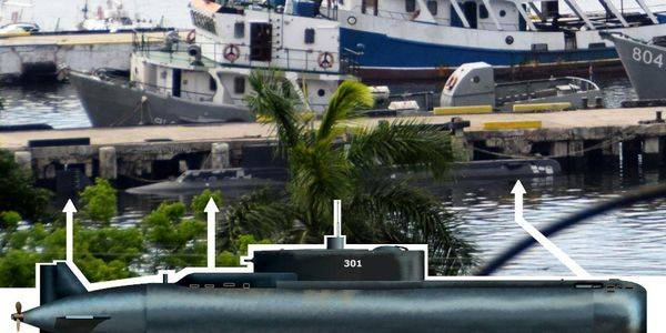 """Asymmetric"" Cuban Delfin submarine clearly captured for the first time"
