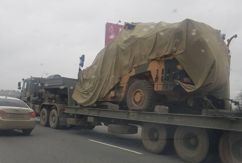 Troféu carro blindado turco Vuran é visto no anel viário de Moscou