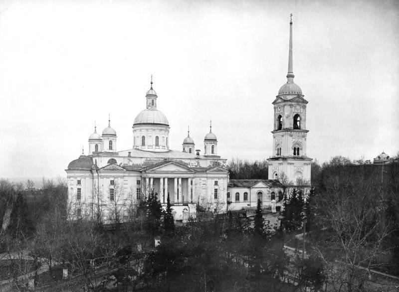 For 9 liters of vodka. How the Bolsheviks destroyed the Spassky Cathedral