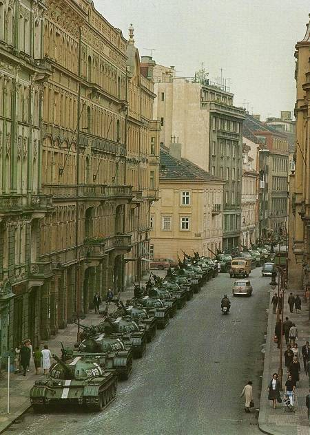 Czechoslovakia-68. The failure of politicians: someone else's work for the tank army