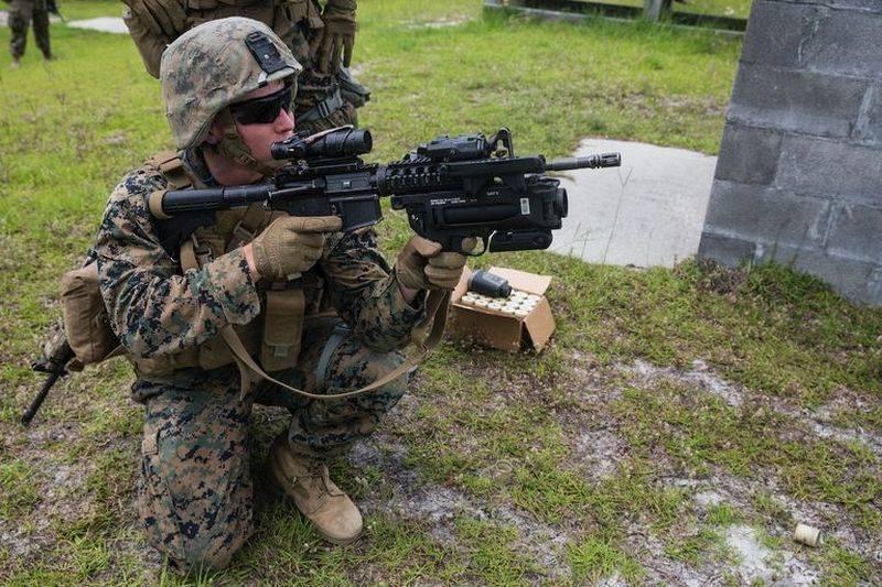 미 해병대가 수류탄 발사기를 교체하기 시작합니다