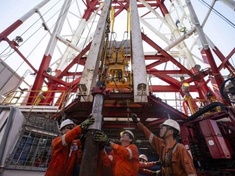 Esperti: dopo la pandemia globale di coronavirus, il prezzo del petrolio prevede una rapida crescita