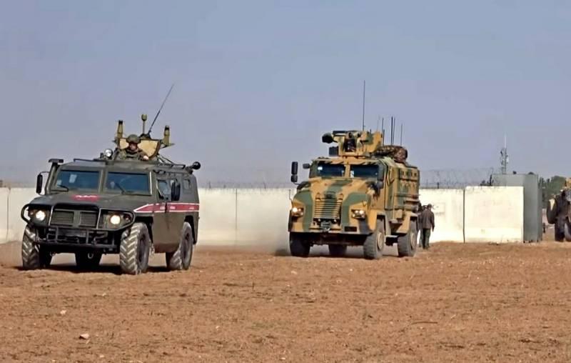Первое совместное патрулирование трассы М4 сокращено из-за провокаций боевиков