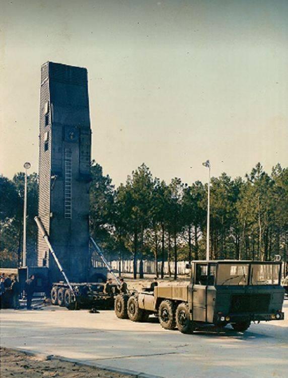 Berliet T100 : 프랑스어 허리케인