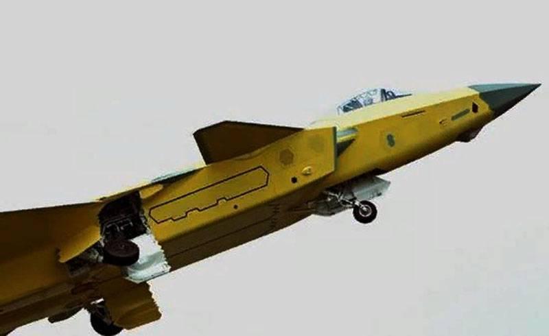 Sina: l'integrazione della fusoliera del caccia J-20 è impeccabile