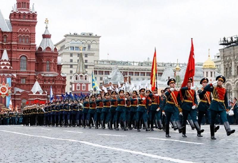 रक्षा मंत्रालय विजय परेड के लिए वैकल्पिक विकल्पों पर विचार कर रहा है