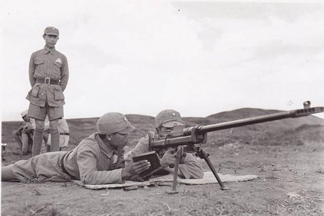 Chinese infantry anti-tank weapons