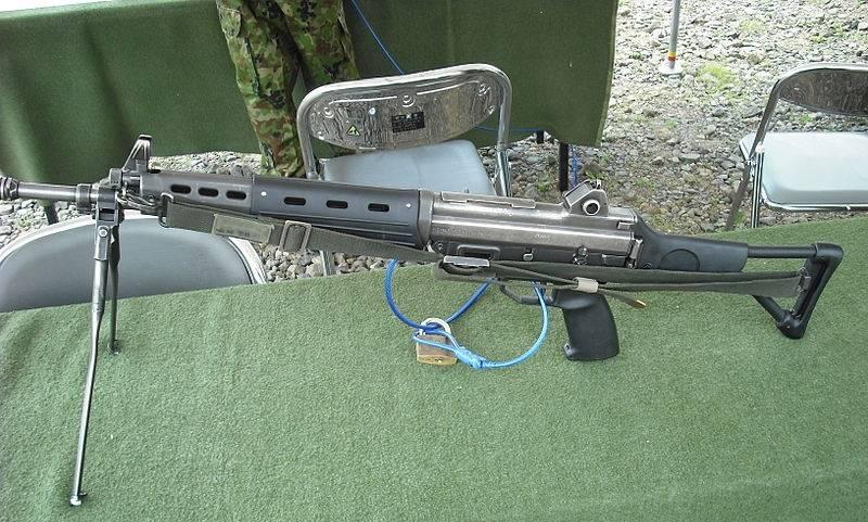 """Howa Type 89. Its """"alien"""" rifle"""