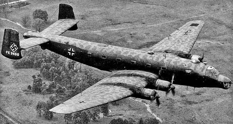 Aviones de combate. Grande y peculiar