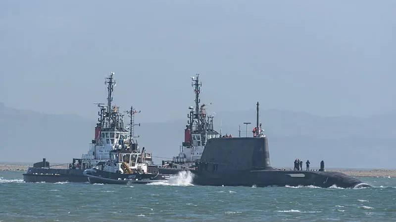 AstyutクラスのXNUMX番目のイギリスの原子力潜水艦は初めて出航しました