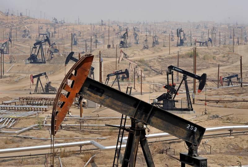 Эксперты: Саудовская Аравия проиграла России в нефтяной войне