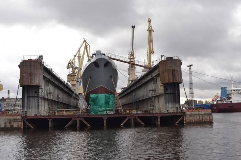 Il cantiere navale Severnaya Verf ha nominato la data di lancio della fregata ammiraglio Golovko