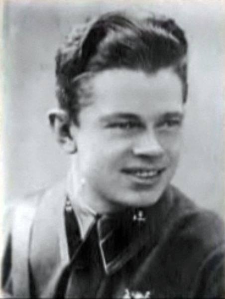 Tarihte Sovyetler Birliği Kahramanı olan tek dolandırıcı