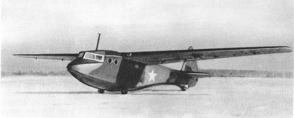 士兵,游击队员和防冻液。 红军的空中运输滑翔机
